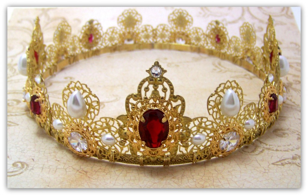 medieval-jewelry-crowns