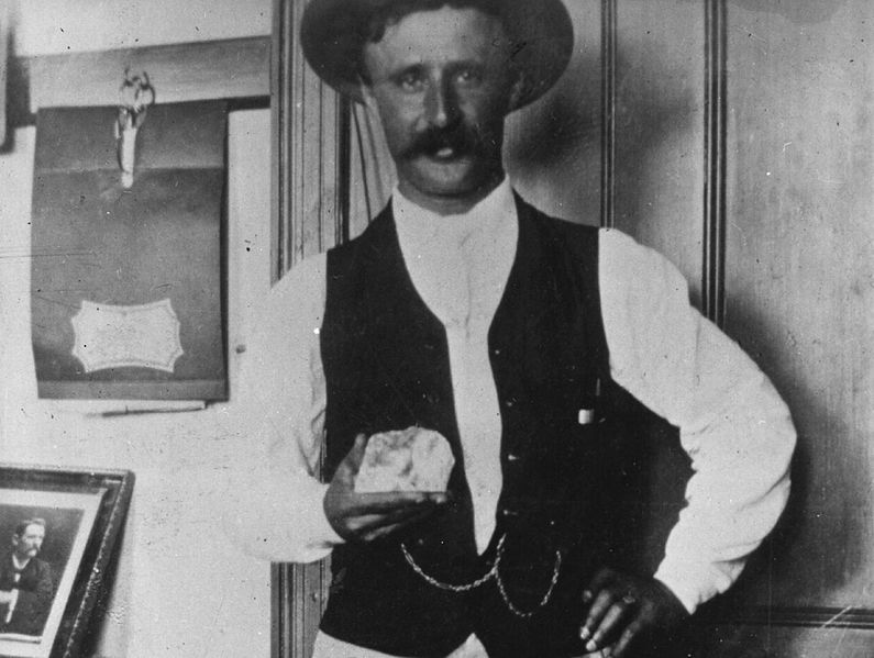 Frederick Wells holding the Cullinan Diamond, 1905