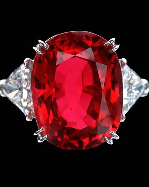 ruby jewelry: The Carmen Lúcia Ruby