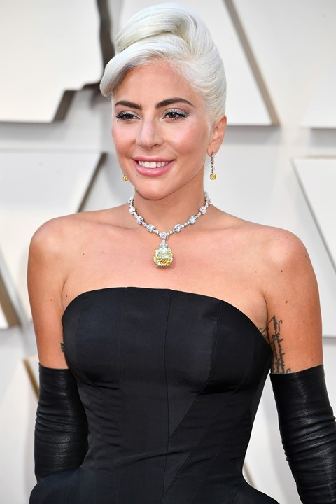 Lady Gaga wore the 128.43-carat Tiffany yellow famous diamond to the 2019 Academy Awards.
