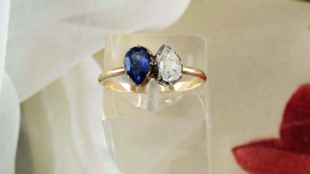 Toi et Moi Empress Joséphine's engagemet ring - colored gemstone engagement rings
