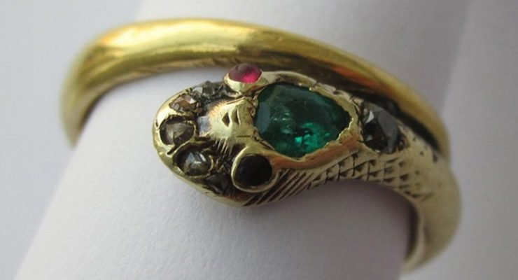 A reproduction of Queen Victoria's engagement ring. Colored gemstone engagement rings