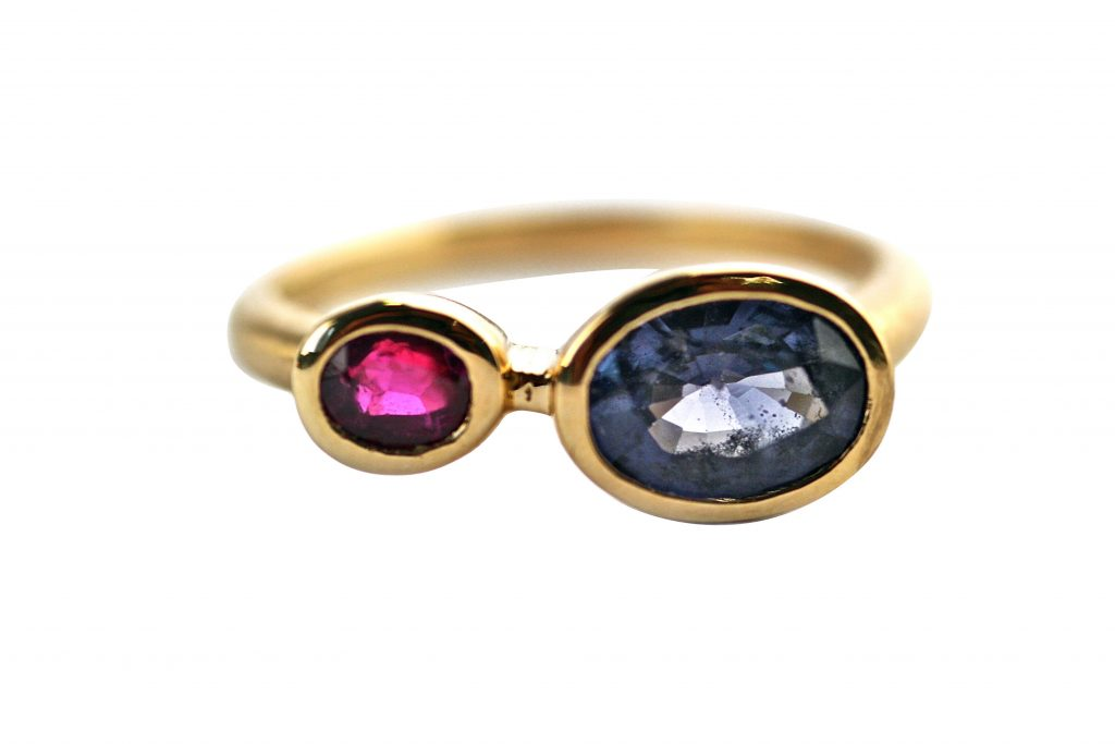 Gemme Couture Pebble Ring Ruby and Spinel